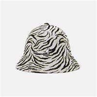 Kangol - carnival casual bucket, white zebra - cappellini