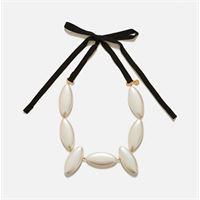 J.W. Anderson collana con perle