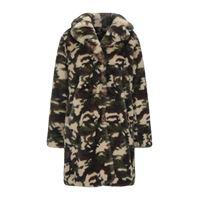 INVICTA - teddy coat