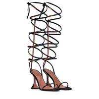 Amina Muaddi x awge - sandali in raso con cristalli